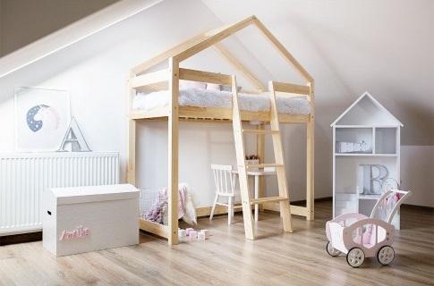 łóżko typu domek